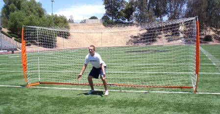 6x18 Soccer Bownet with Player