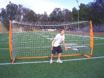 6x12 Soccer Bownet with Player